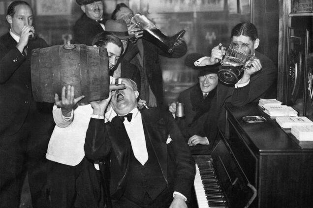 Вчені заявили, що алкоголь врятував людство