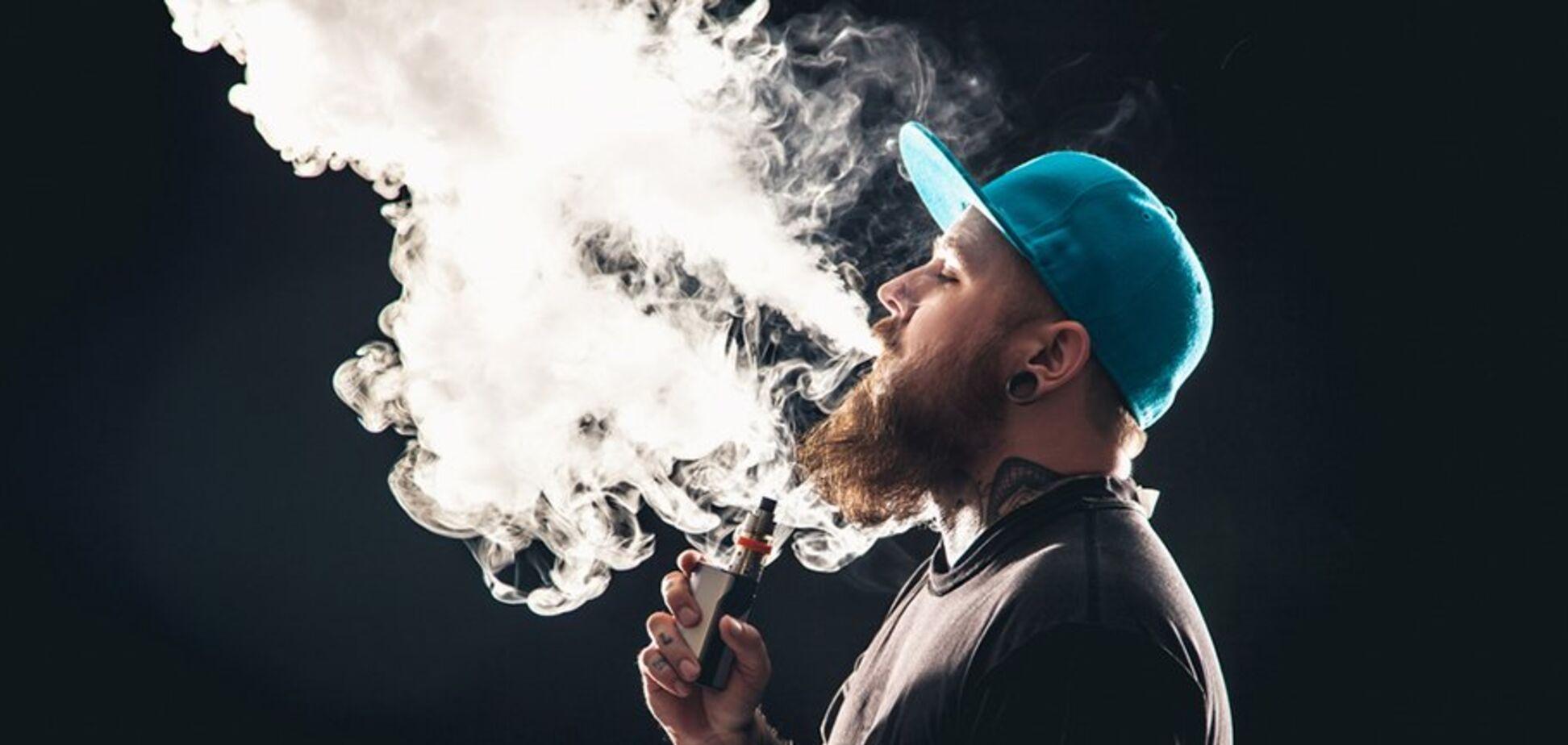 В США от электронных сигаретумерло 52 человека