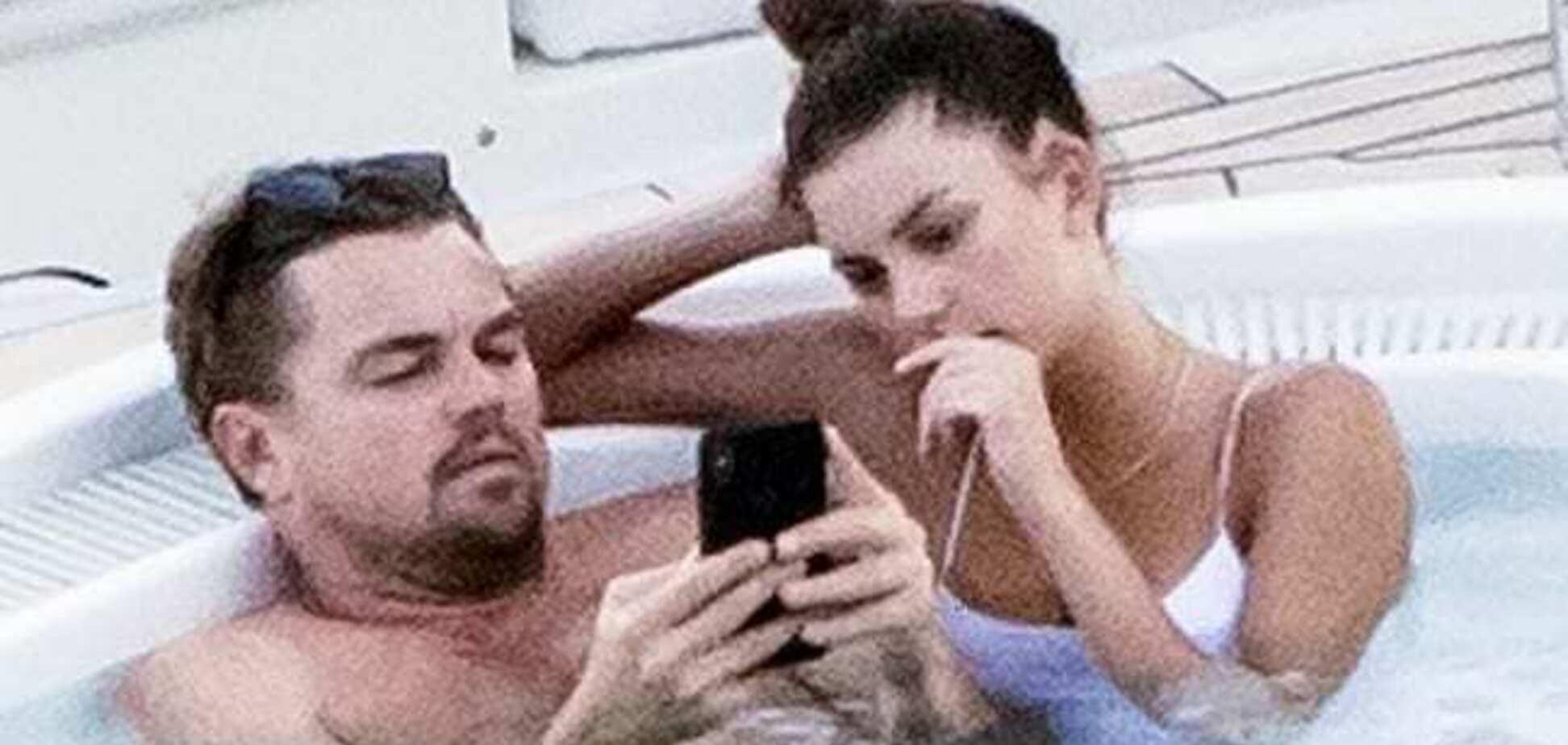 Возлюбленную Ди Каприо заподозрили в беременности: как выглядит красавица