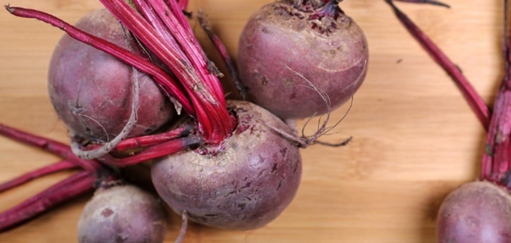 Рецепт фантастичного салату з буряком на свято і кожен день