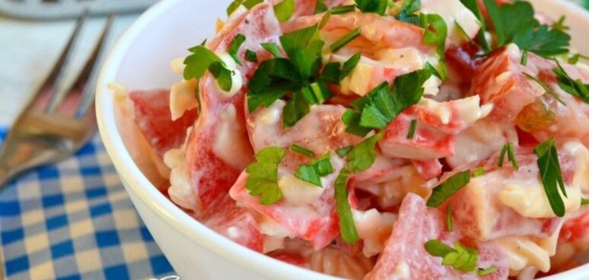 Рецепт найсмачнішого салату з крабовими паличками