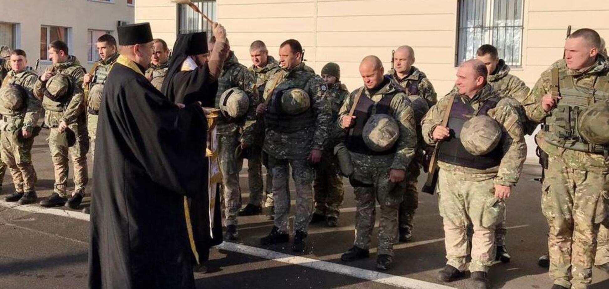 З Одеси на Донбас вирушили в ротацію спецназівці поліції
