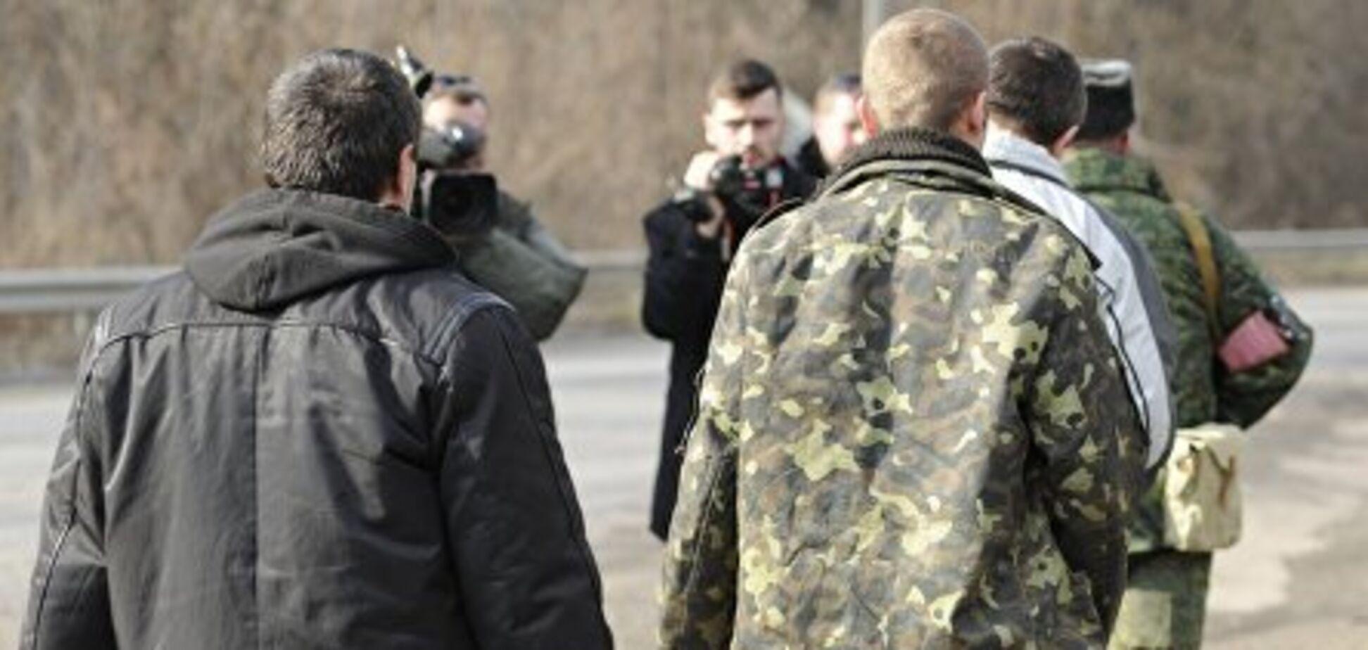 Террористы, убийцы и предатели: названы имена преступников, которых Россия запросила на обмен