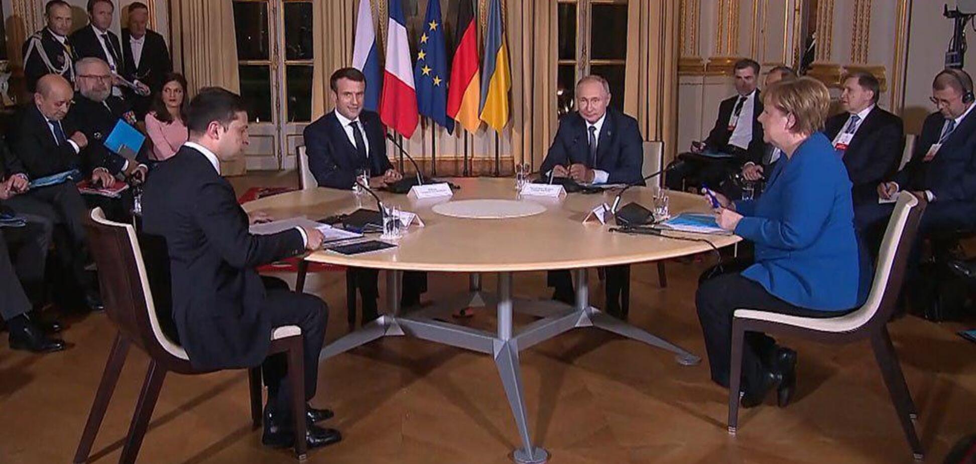 Зеленський не потиснув руку Путіну? З'явилася суперечлива інформація