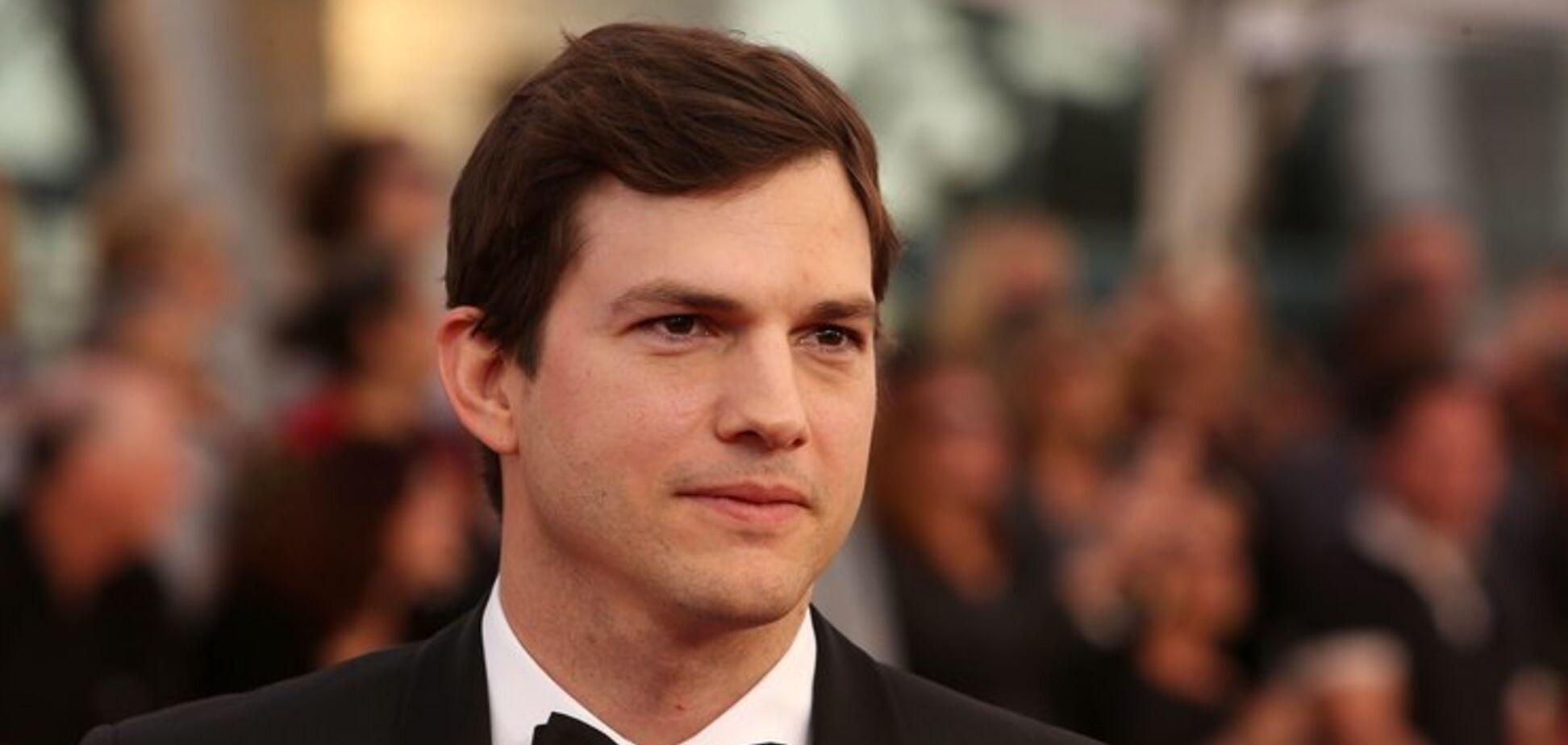 ''Можете написать мне'': звезда Голливуда выложил в сеть свой номер