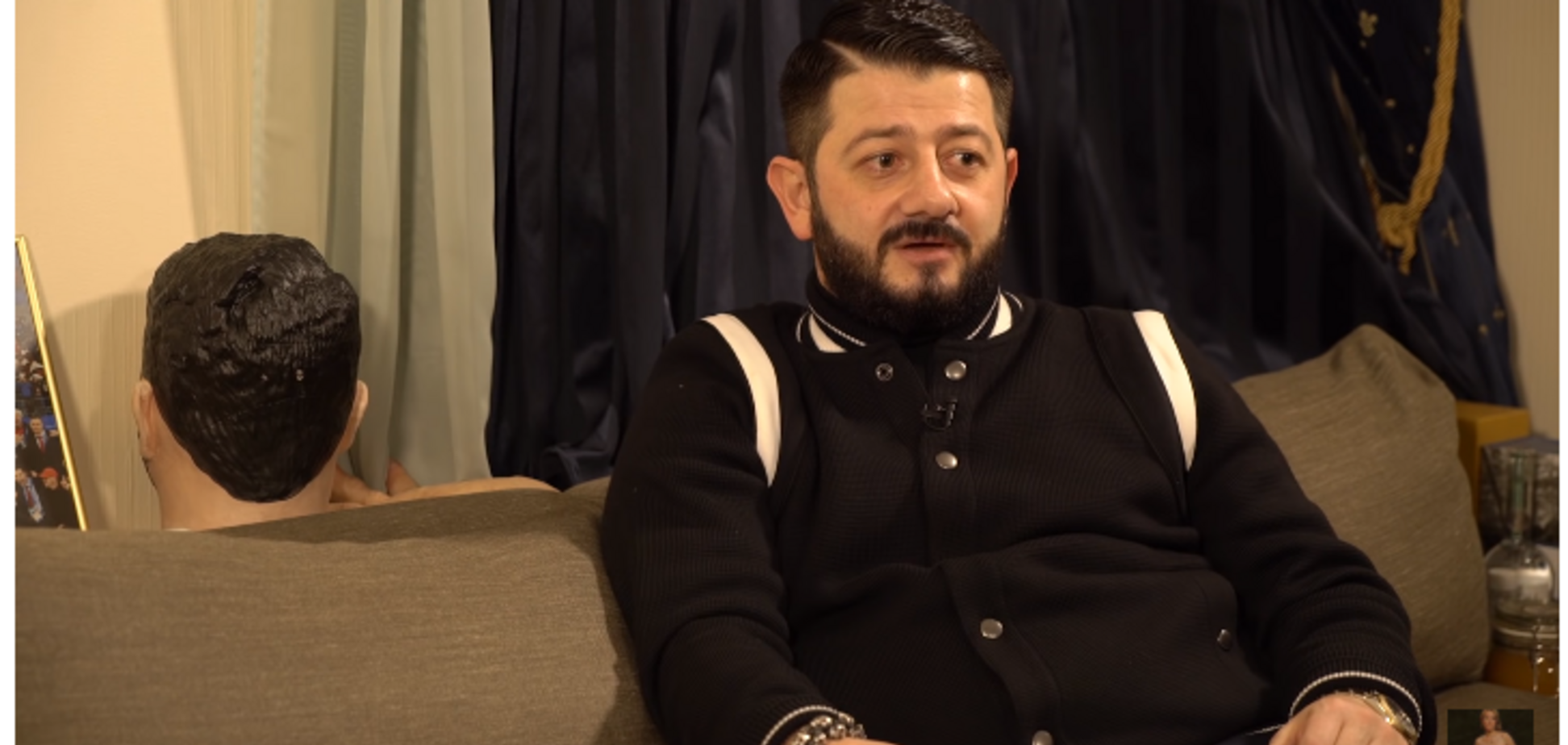 'Я люблю пострелять': Галустян рассказал об арсенале оружия у себя дома