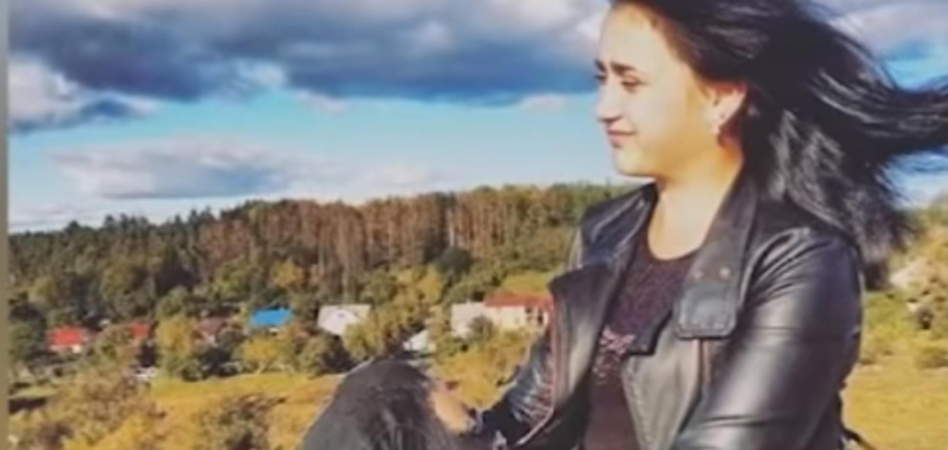 ''Я іду по трасі'': у справі про загибель студентки в лісі на Житомирщині знайшлася невідповідність