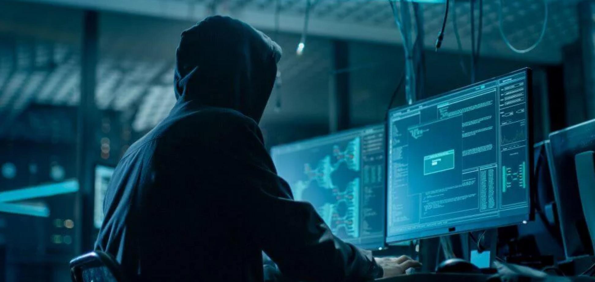 100 долларов за аккаунт: киберэксперт рассказал, как воруют данные украинцев