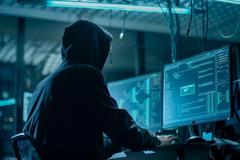 100 доларів за акаунт: кіберексперт розповів, як крадуть дані українців