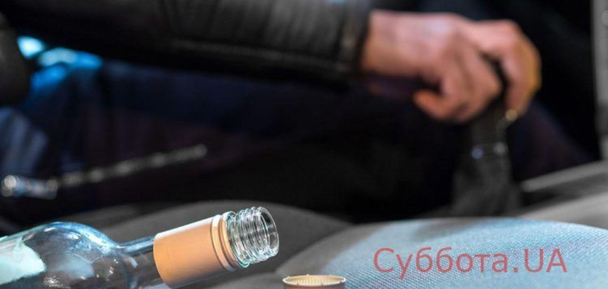 В Запорожье пьяный полицейский разъезжал по городу