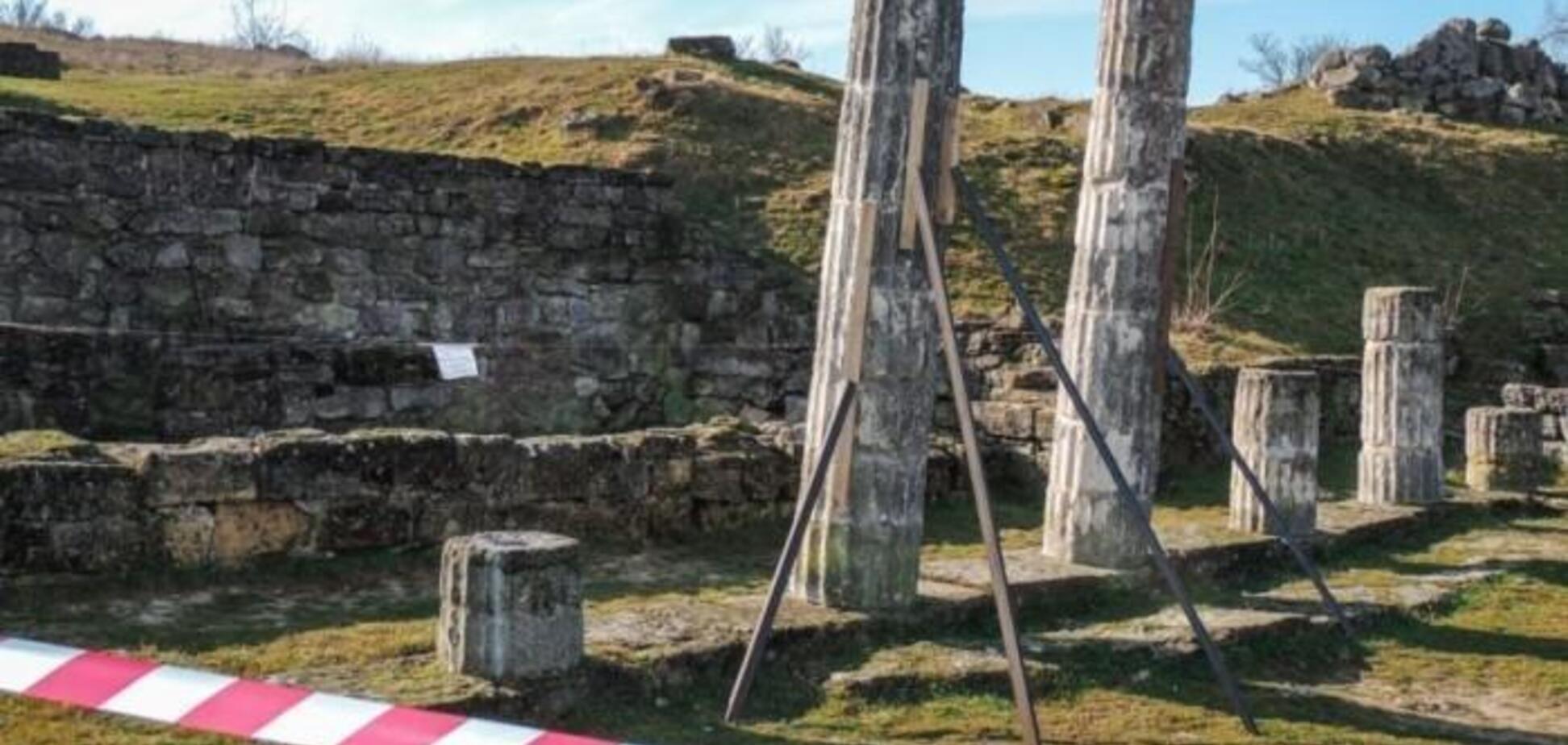 ''Убийца Пантикапея'': в Крыму показали виновника ЧП с древней памяткой