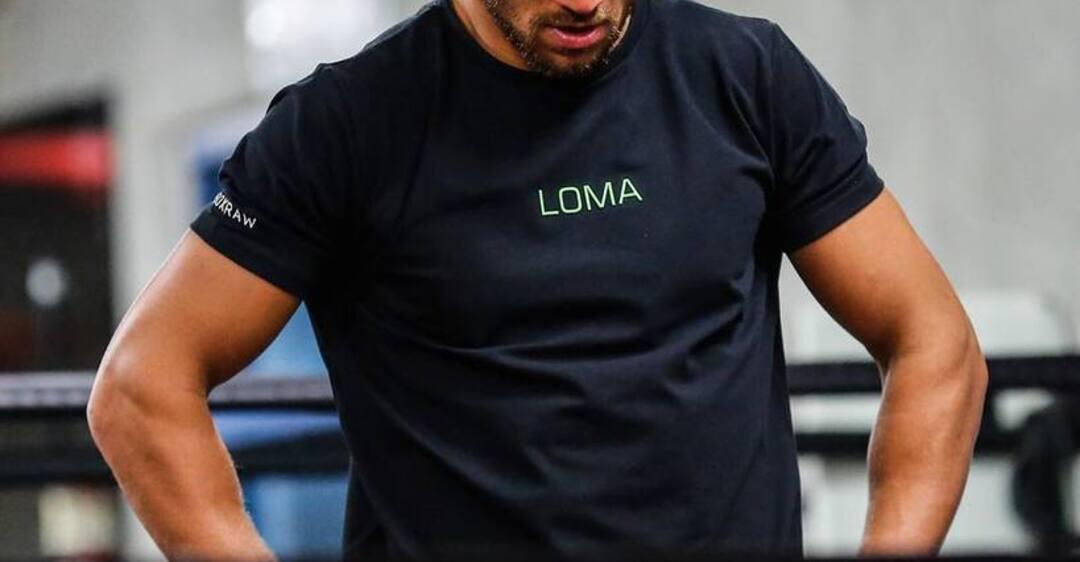 Ломаченко попал в неприятную ситуацию с новым боем