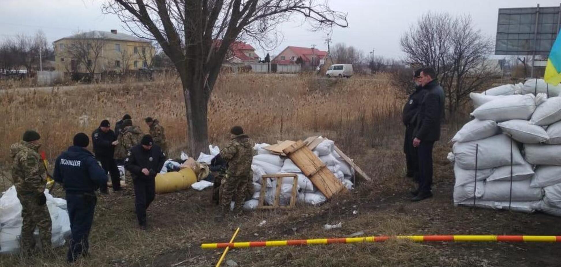 Встановлювали блокпост: під Дніпром спіймали групу озброєних псевдовійськових