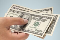 Доллар упадет: в НБУ пообещали сильное укрепление гривне