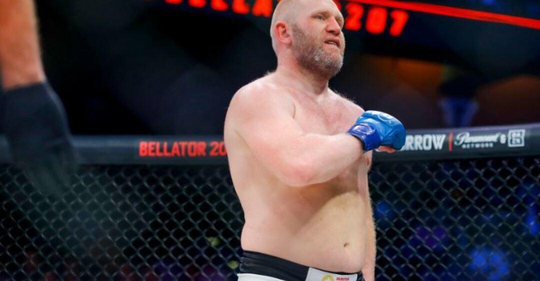 'Кострубатий боєць': росіянин висміяв суперника за удар поміж ніг