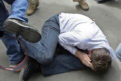 'Я – крутой!' В России подростки засняли жестокое избиение одноклассника-инвалида. Видео