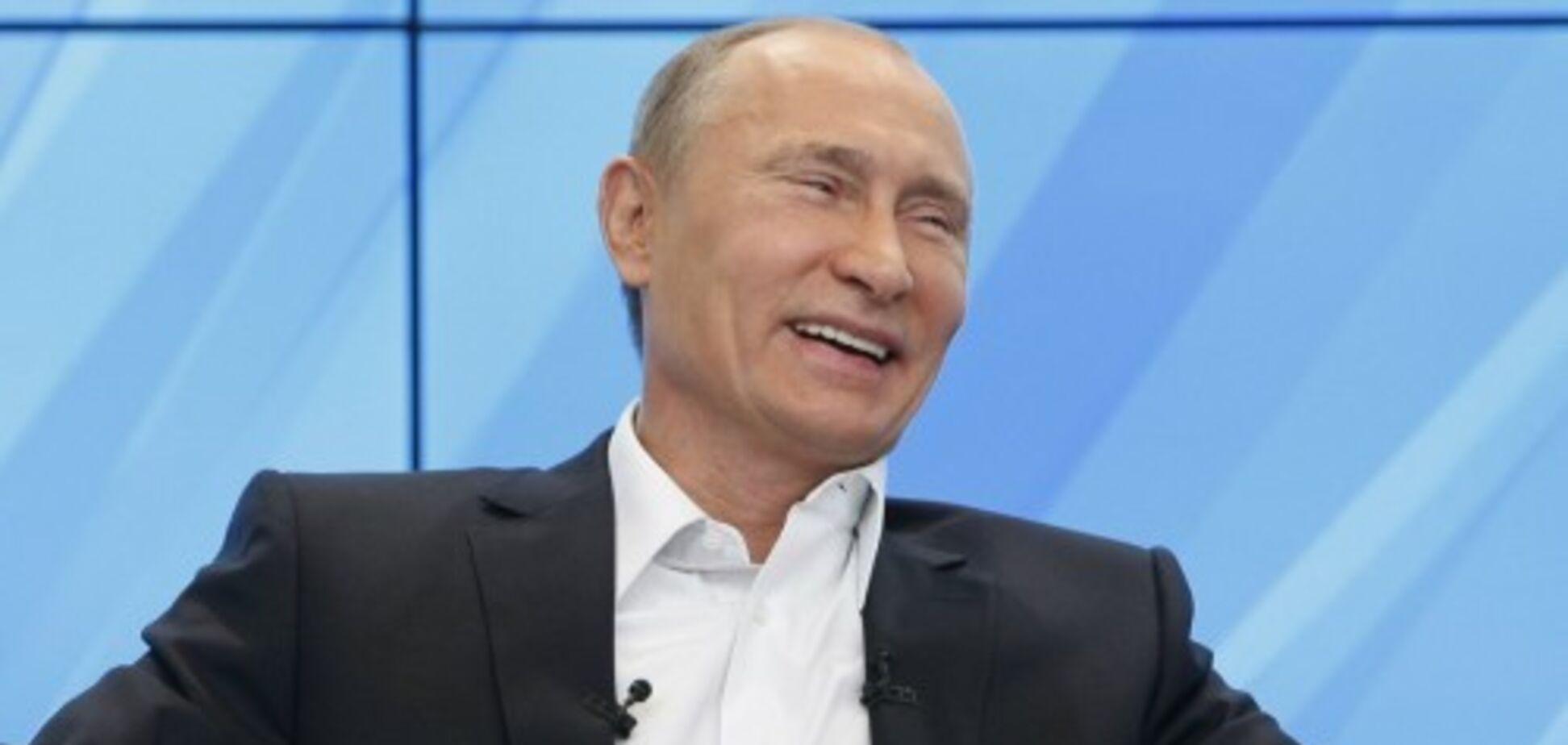 ''Поменяйте его с Петросяном!'' Путин разозлил ''сталинской'' шуткой о Сибири