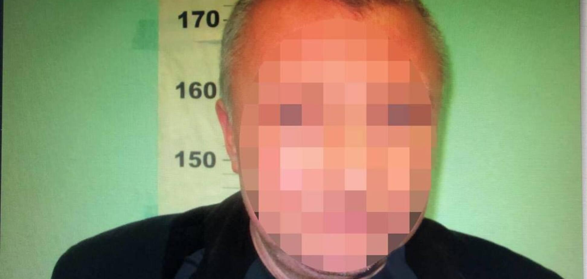 Показывал половой орган: в метро Киева педофил атаковал ребенка