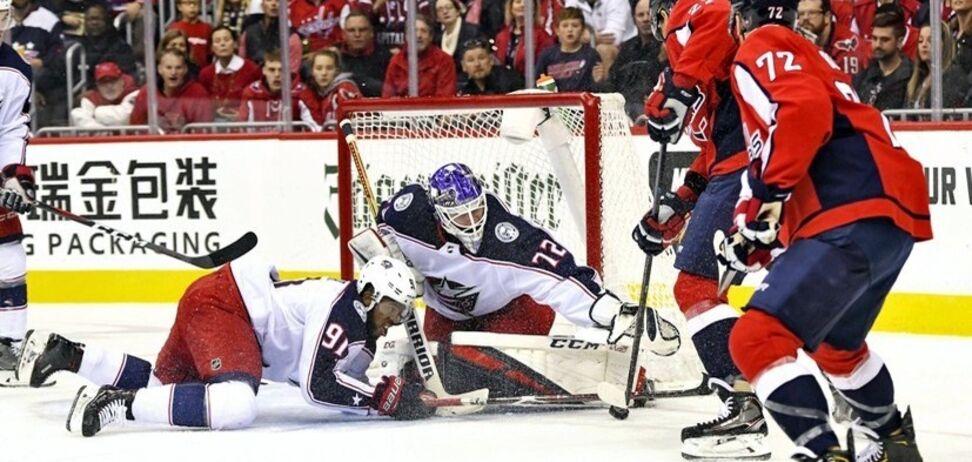 Матч НХЛ ледь не закінчився трагедією