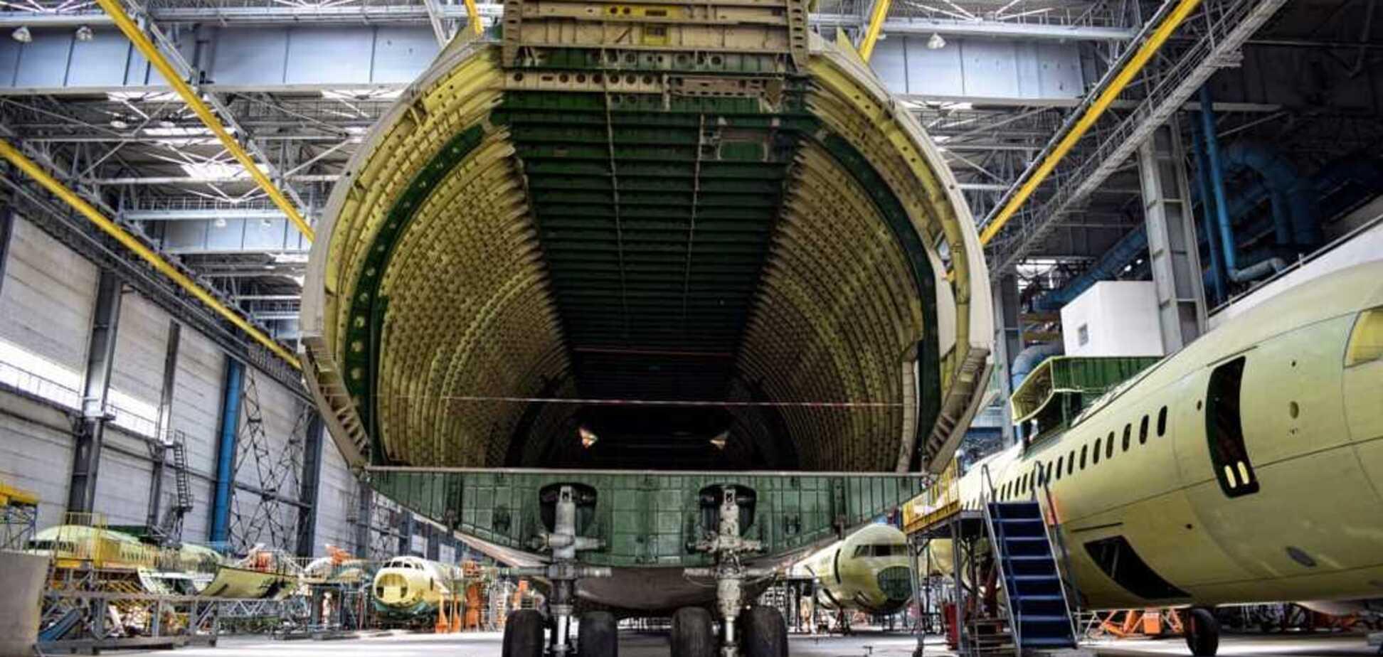 'Это зверь!' Всплыли тайные фото брата-близнеца легендарного АН-225 'Мрия'