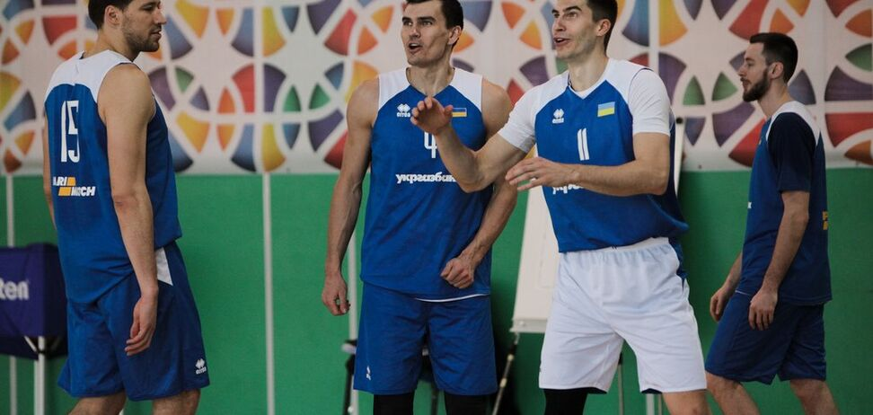 Збірна України провела відкрите тренування перед матчем з Чорногорією