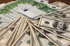 Что будет с курсом доллара перед выборами: на пороге масштабных рисков