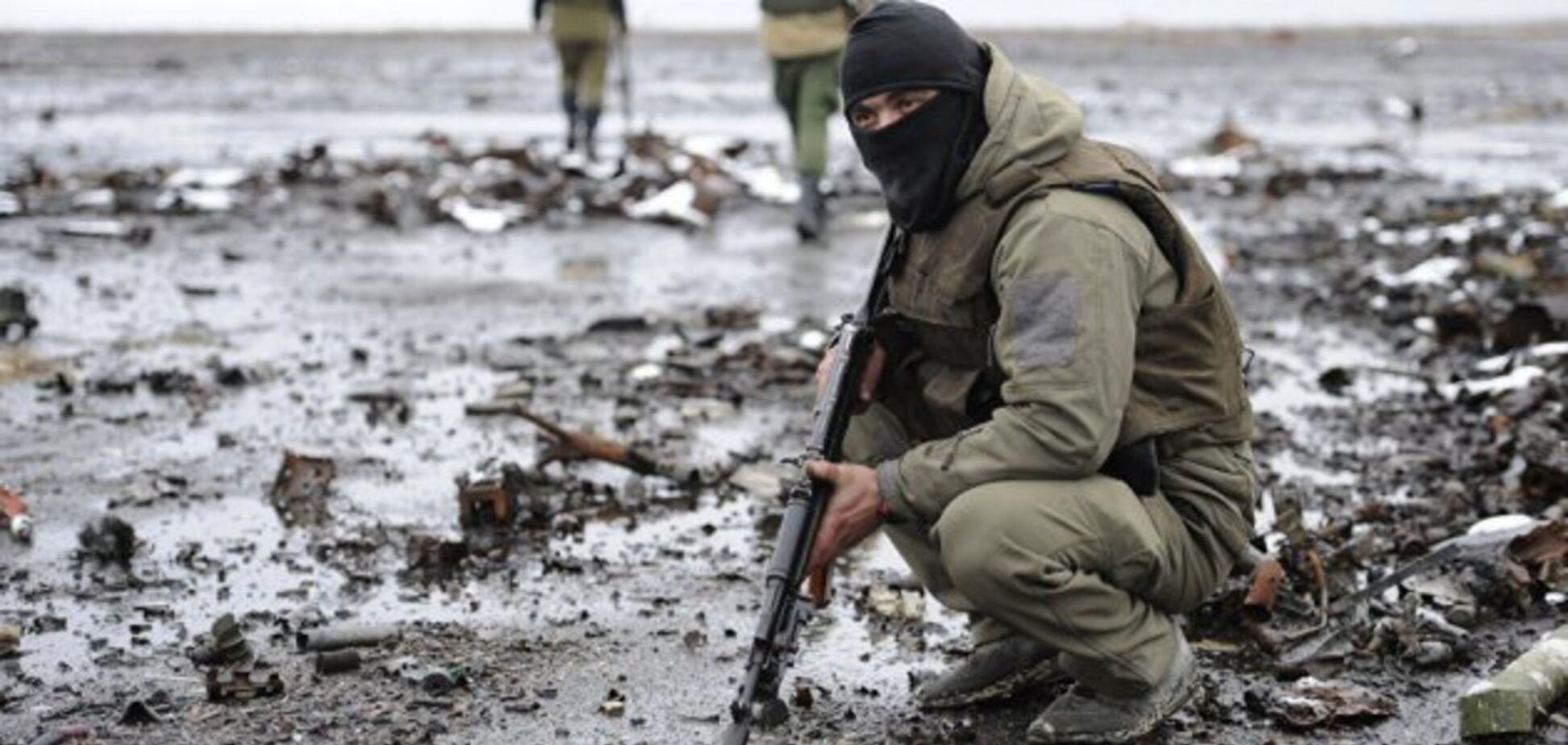 Під час похорону: терористи ''ДНР'' обстріляли людей на кладовищі