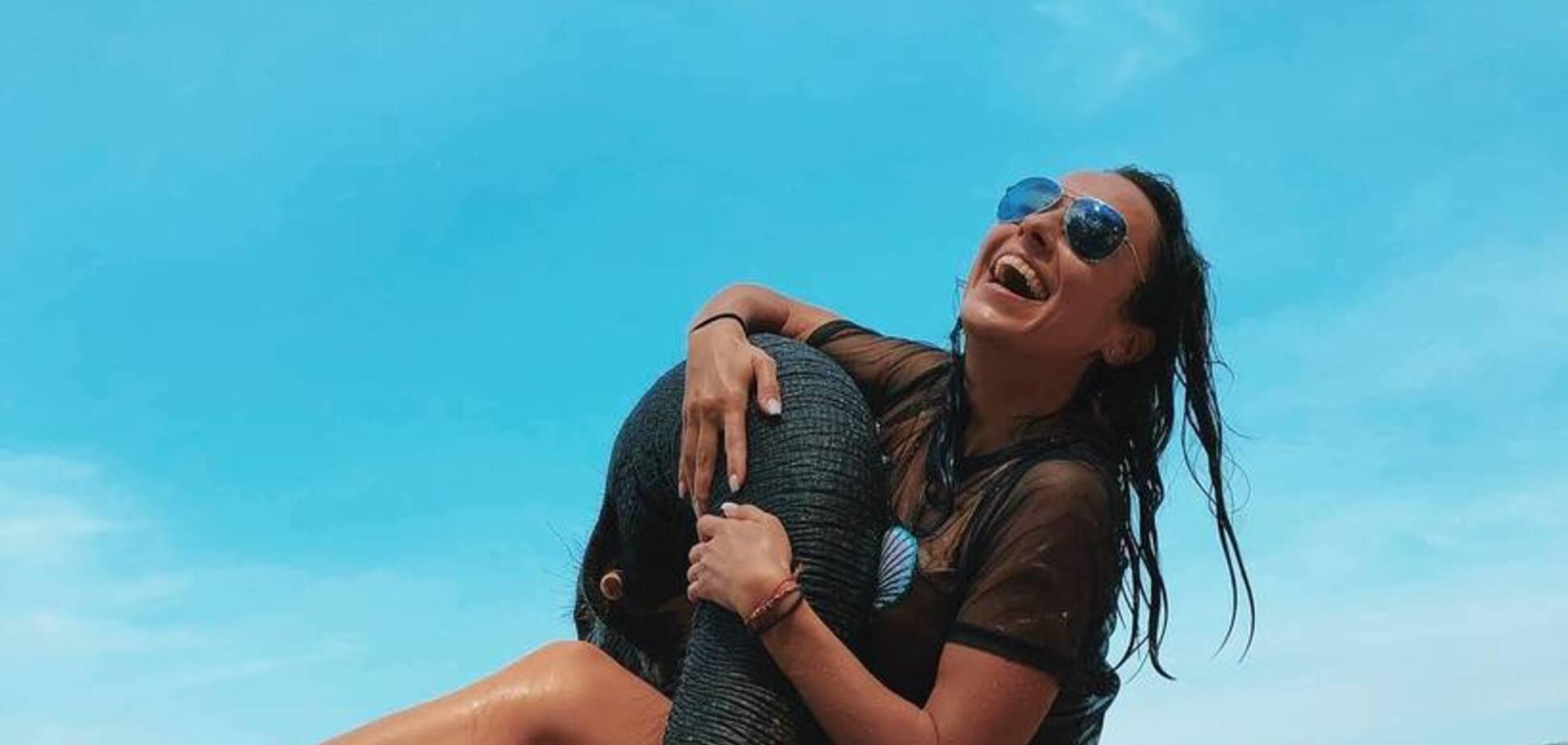 Спокуслива екс-Nikita викликала фурор голим фото