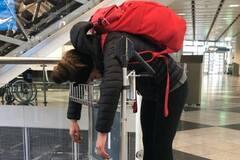 Лучшую биатлонистку мира 'замучили' в аэропорту - фотофакт