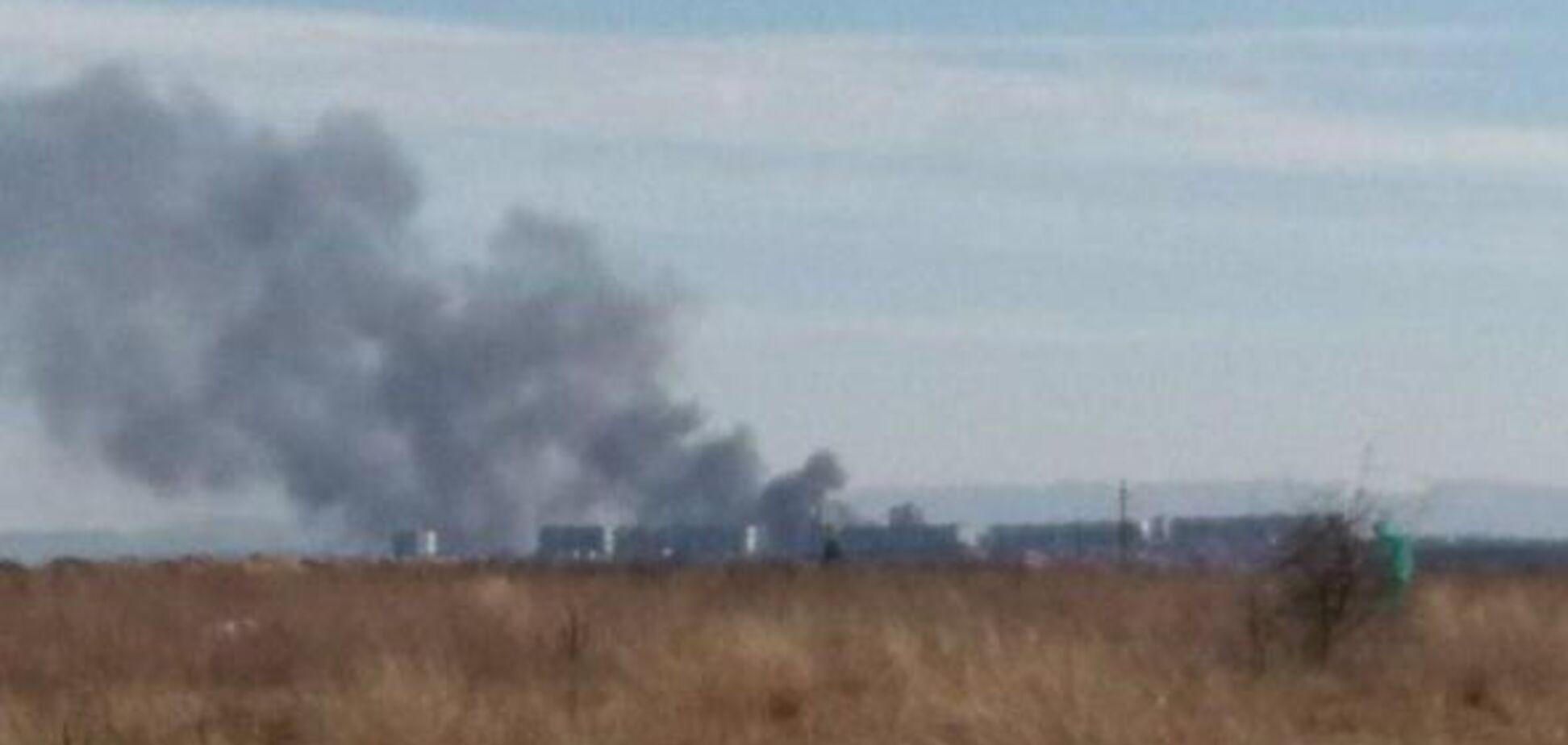 У Криму спалахнула масштабна пожежа на заводі: перші подробиці
