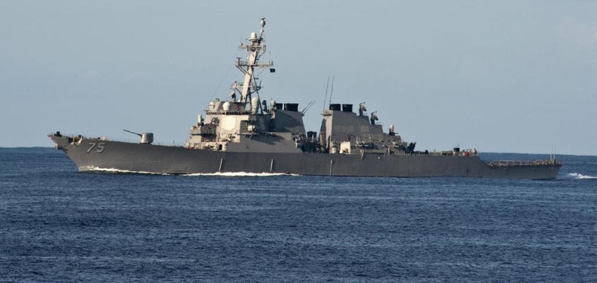 Охороняти і погрожувати: названо причини візиту есмінця США у Чорне море