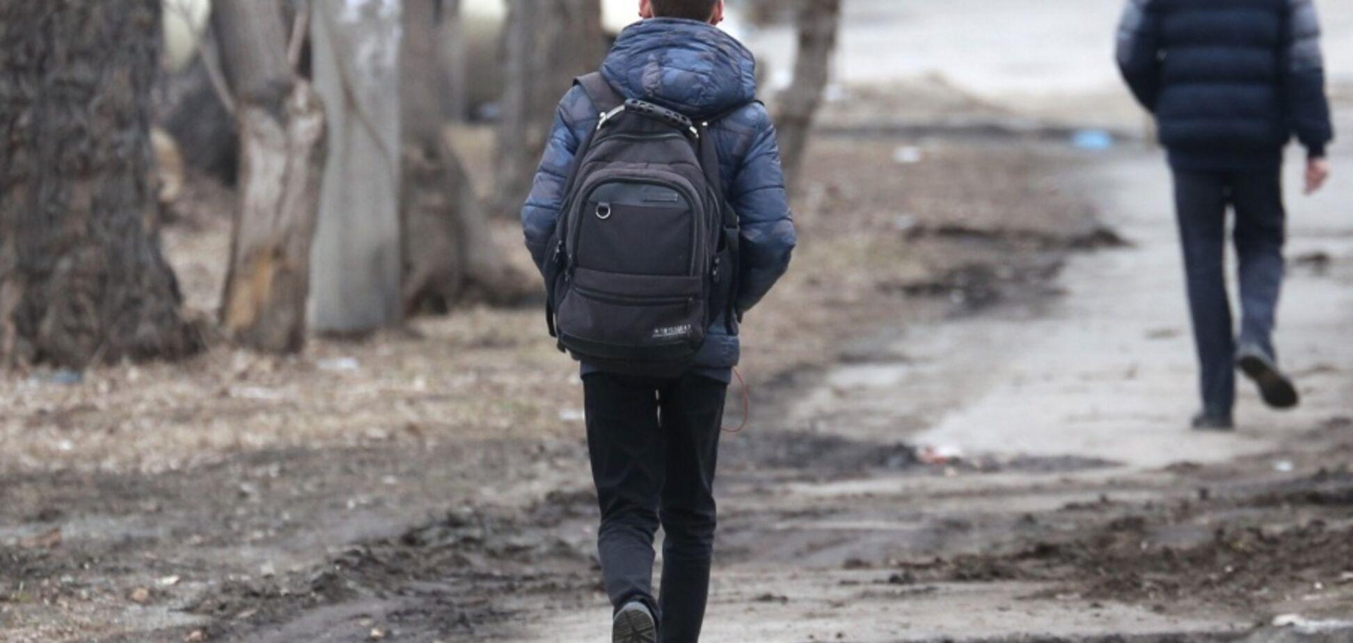 ''Іди за мною!'' В Україні на вулицях почали орудувати ''мисливці'' за дітьми