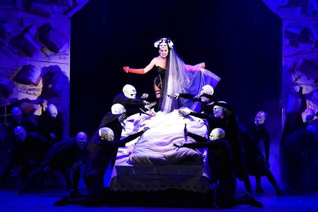 """27 и 28 февраля в Национальной оперетте покажут бродвейский мюзикл """"Скрипач на крыше"""""""