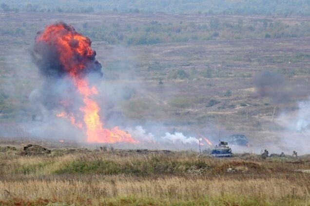 Взрыв на полигоне (иллюстрация)