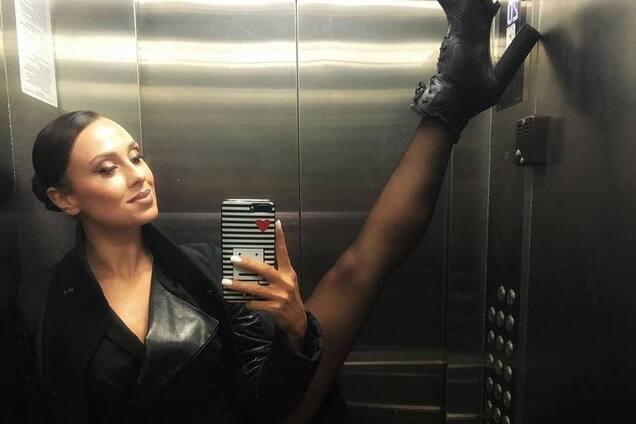 Полуголая участница ''Танців з зірками'' взбудоражила сеть горячим танцем