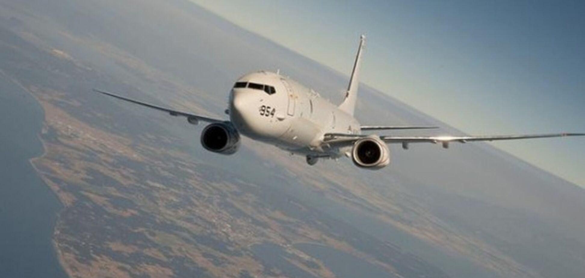 ''Мне скучно!'' Пилот-юморист нарисовал в небе фаллические символы: как это выглядело