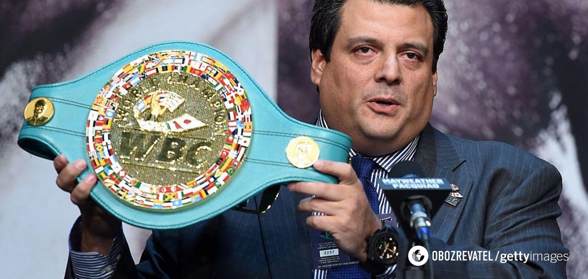 Президент WBC надел сине-желтую кепку с надписью ''Украина'' - видеофакт
