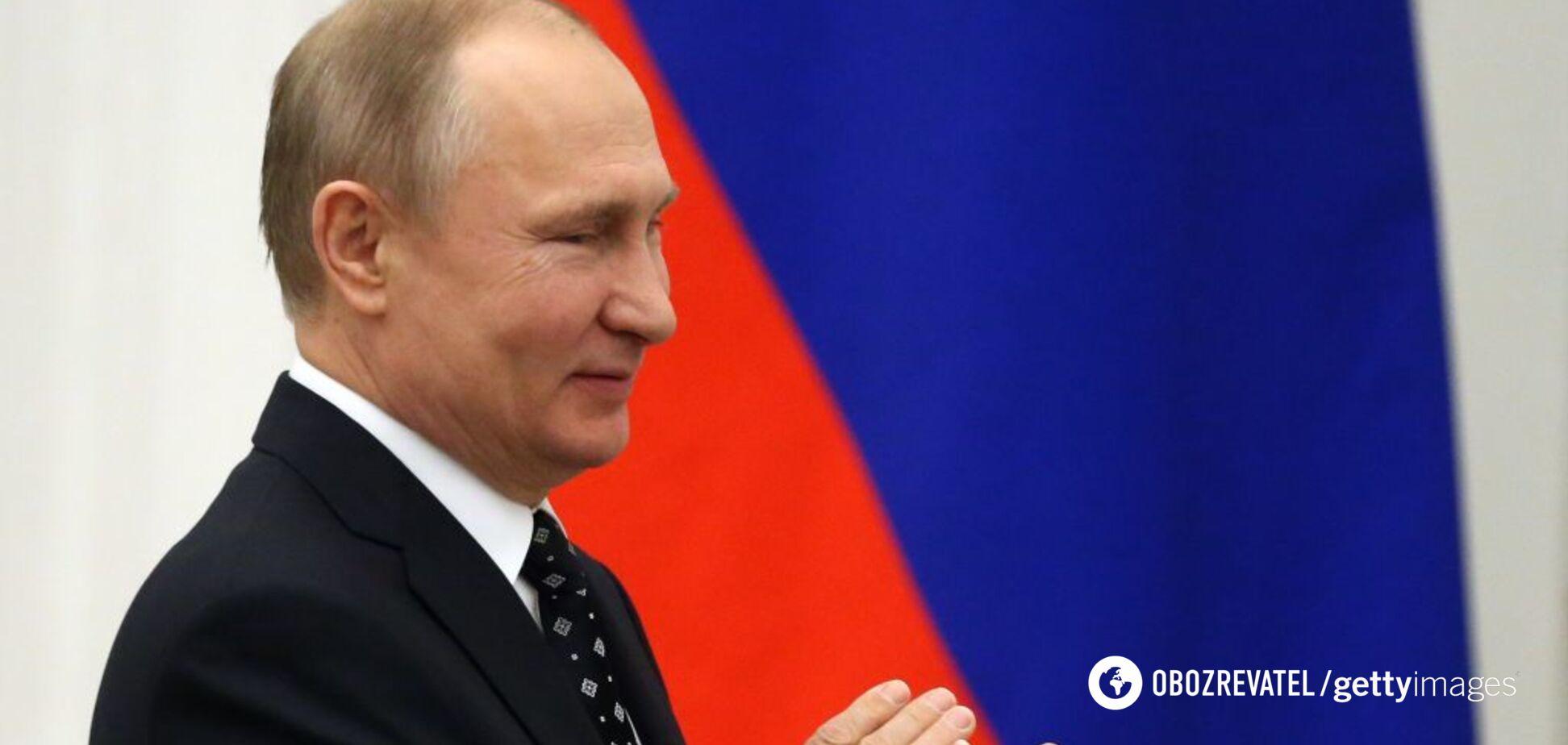 Путин решает, что по телевизору показывать немцам?