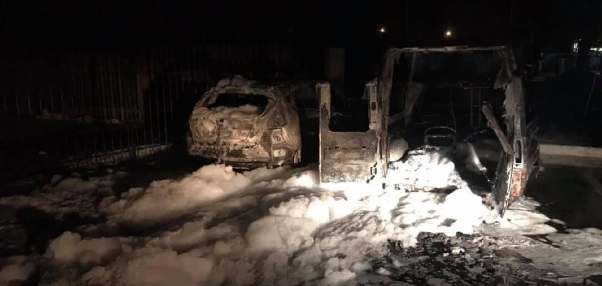 Известному журналисту подожгли авто в Киеве: он обвинил прокурора