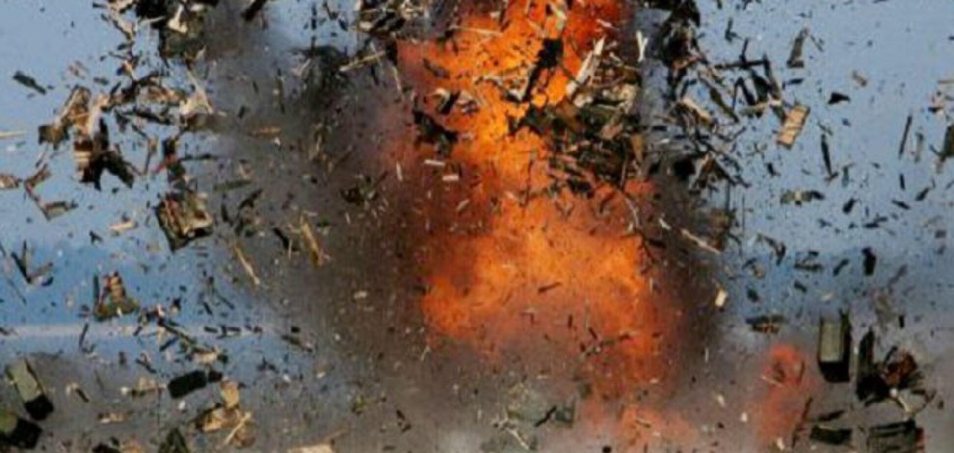 'Розкидало останки': на Донбасі підірвався автобус із мирними жителями. Є жертви