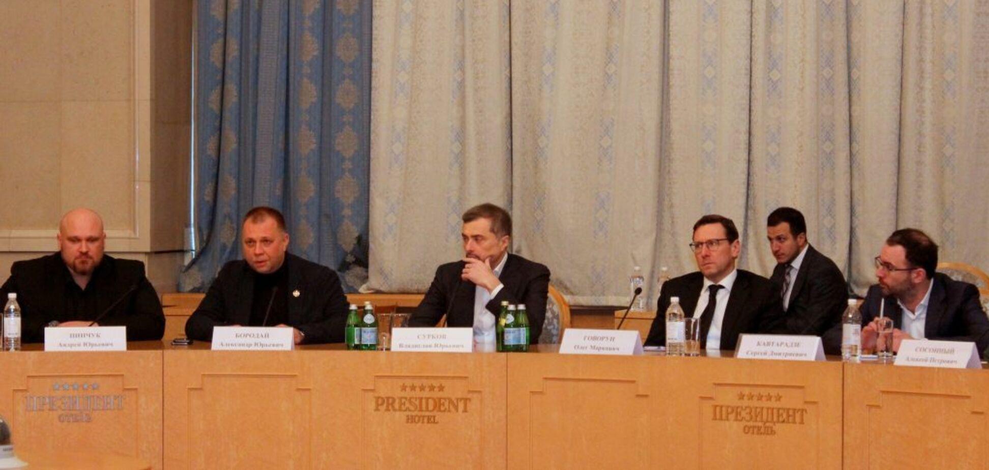 'Без кровавой каши не обойдемся': раскрыт горячий план Суркова по Донбассу