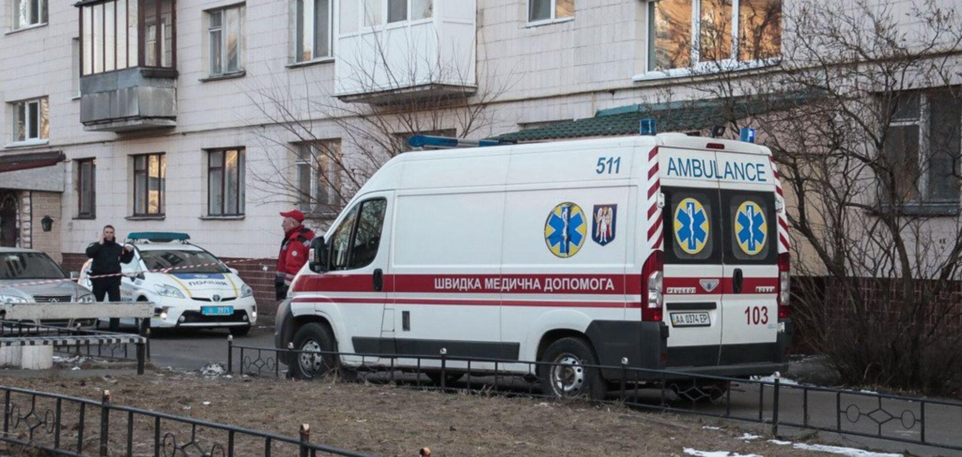 В Киеве школьник выбросился из окна: фото с места ЧП