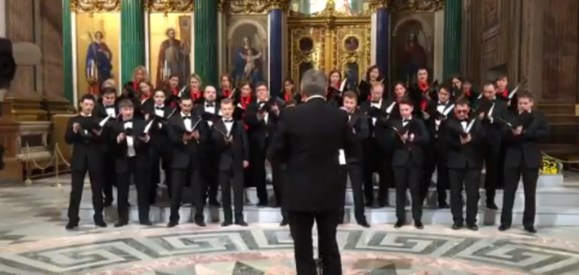'Інакше заспівали б солдати НАТО!' У соборі Росії виконали пісню про ядерне бомбардування США. Відеофакт