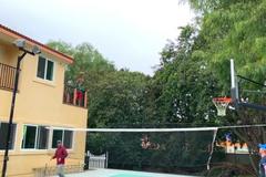 'З будь-якого місця': Ломаченко вразив мережу фантастичними трюками - опубліковано відео