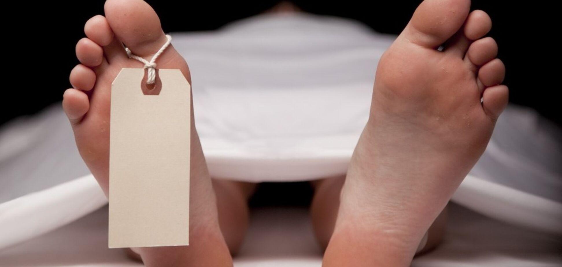 В Запорожье был обнаружен труп, завернутый в одеяло