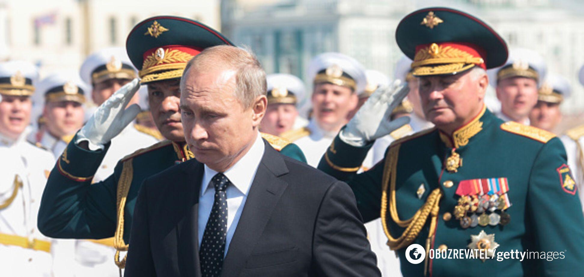 ''Путин готовится к большой войне'': международник назвал признаки