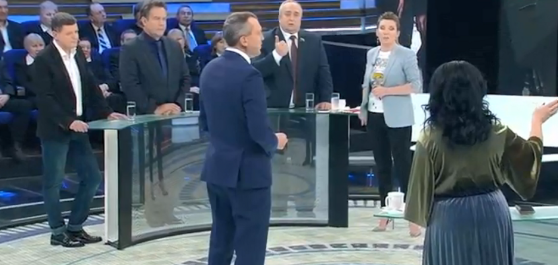 ''Отвечу как проктологу'': украинка взбесила скандального сенатора России на КремльТВ