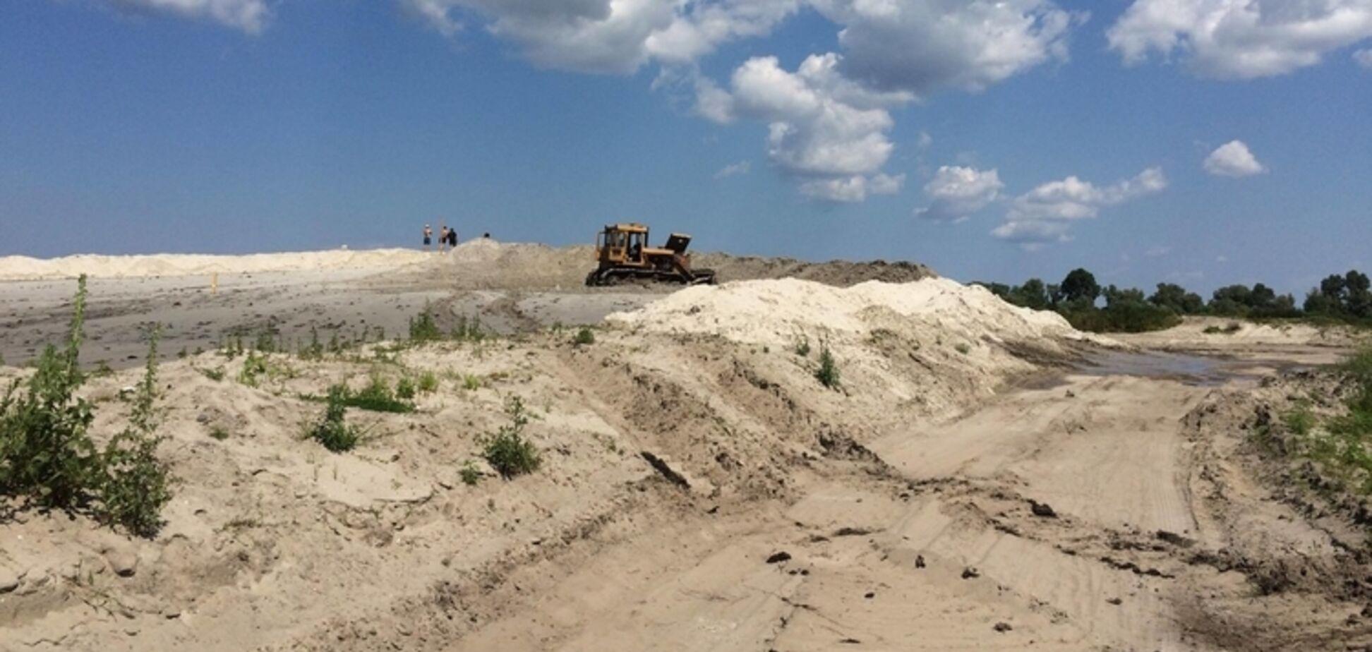 Нелегальная добыча песка: правоохранители ничего ''не видят'', им есть, что делить