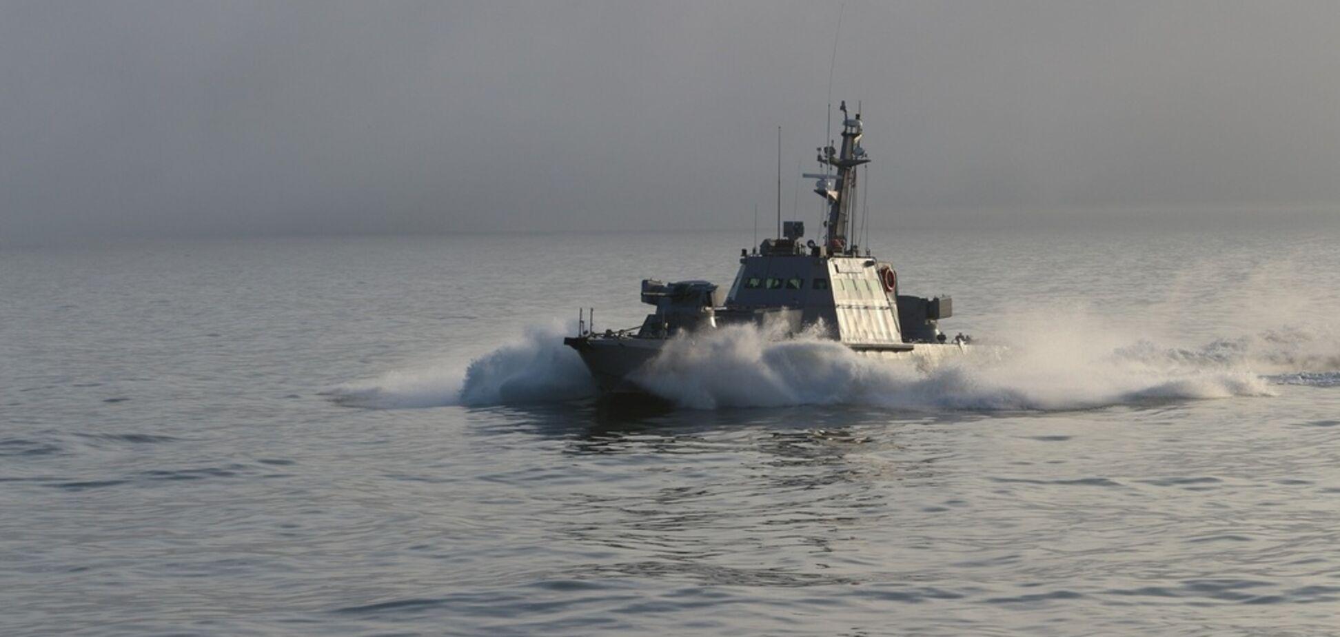 Украинские моряки отразили ''атаку'' на Азовском море: зрелищное видео
