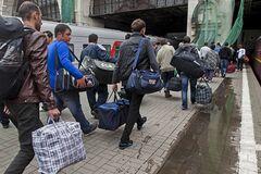 Робота за кордоном: українцям розповіли, що на них чекає в Європі